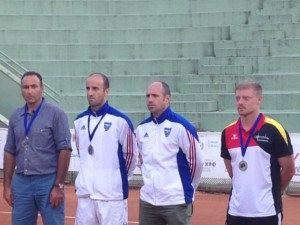 RB.EDFP.TENN CEP.PODIUM.MENS